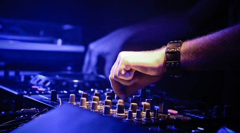 5 Ways that Audio Visual Technicians Pave the Future